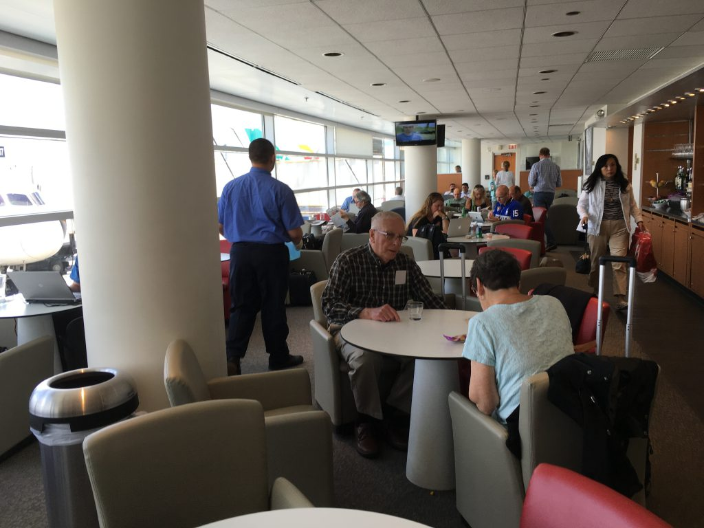 Air_France_Lounge_ORD-10