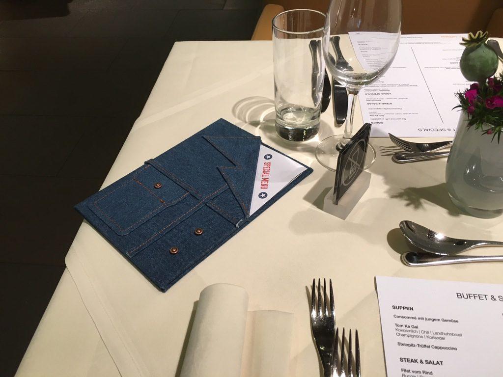 first_class_terminal_american_dinner-5