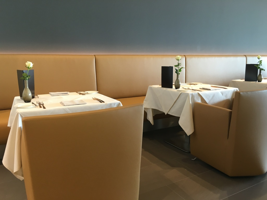 lufthansa_first_class_lounge_muc_satellit-13