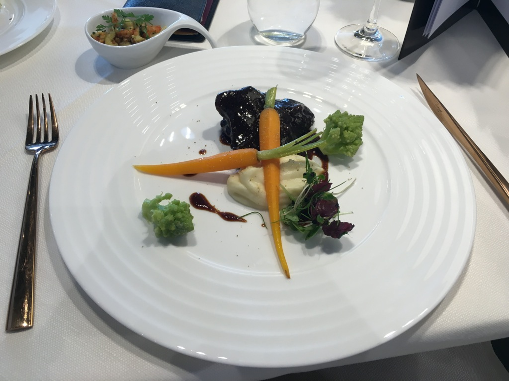 lufthansa_first_class_lounge_muc_satellit-21