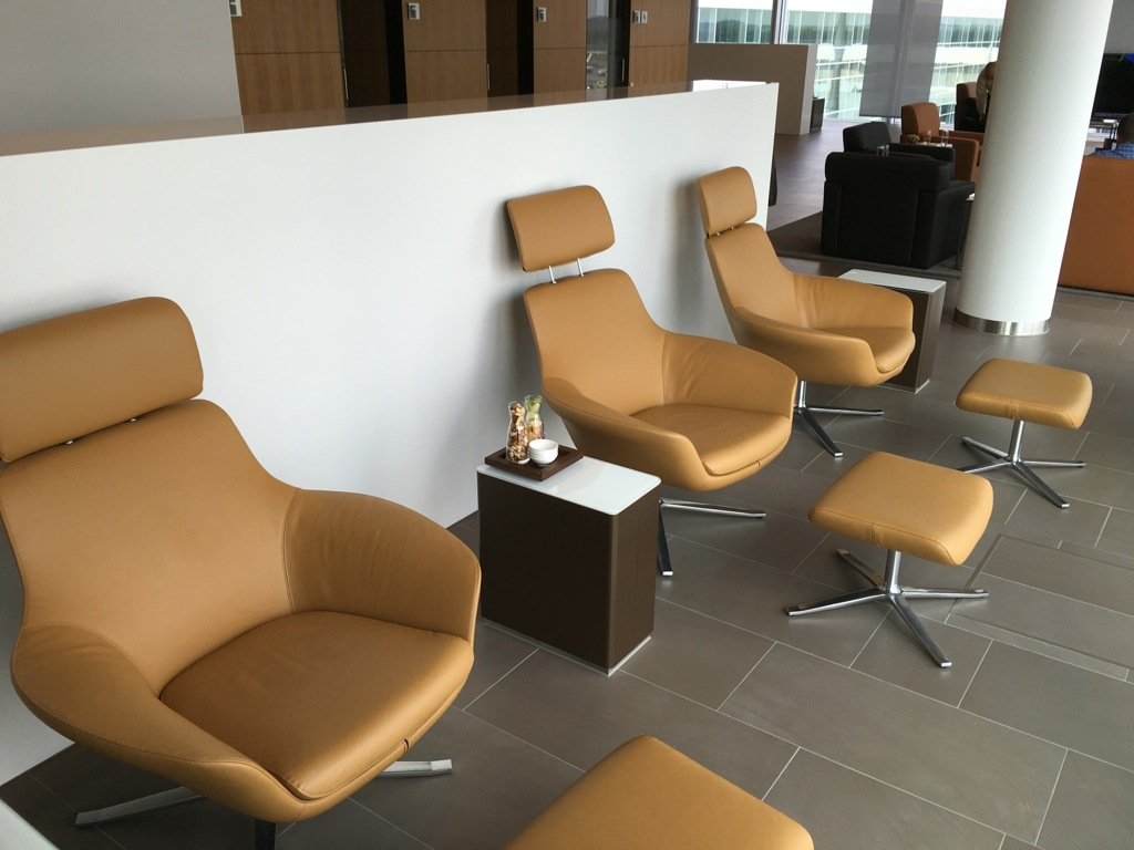 lufthansa_first_class_lounge_muc_satellit-27