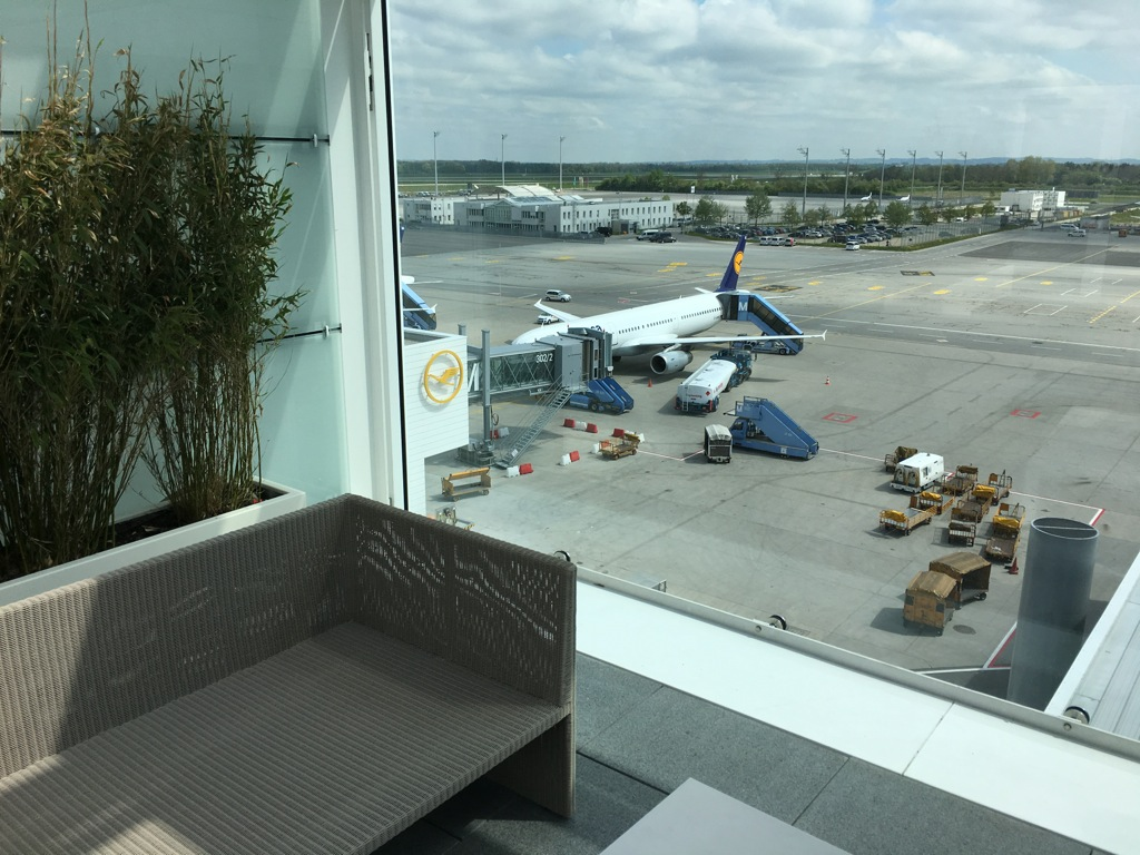 lufthansa_first_class_lounge_muc_satellit-29