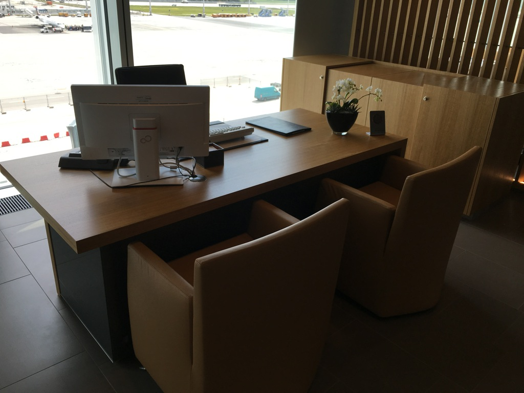 lufthansa_first_class_lounge_muc_satellit-38