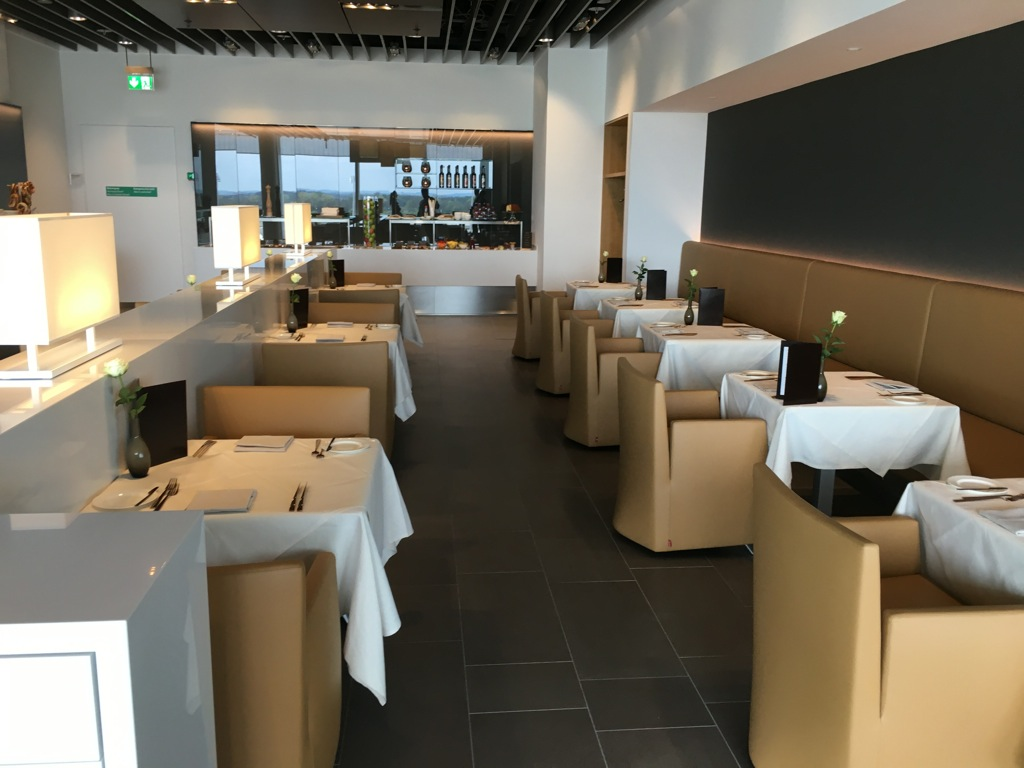 lufthansa_first_class_lounge_muc_satellit-39