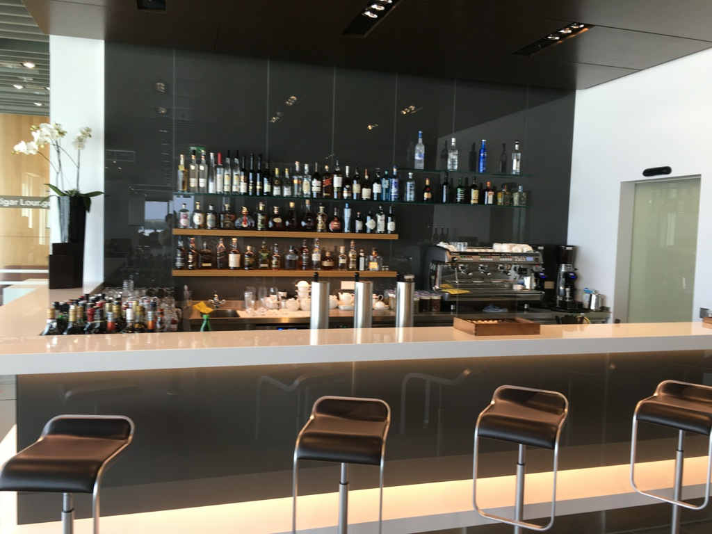 lufthansa_first_class_lounge_muc_satellit-40