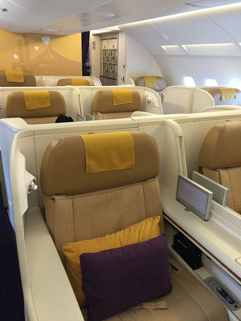 thai_first_class_a380_cdg_bkk-7
