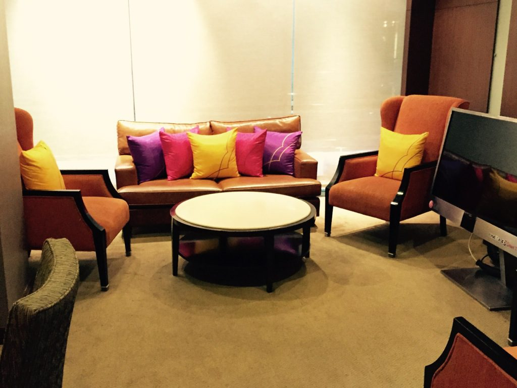 thai_royal_first_lounge_bangkok-23
