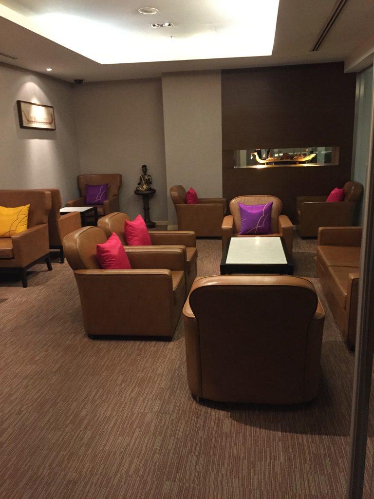 thai_royal_first_lounge_bangkok-5