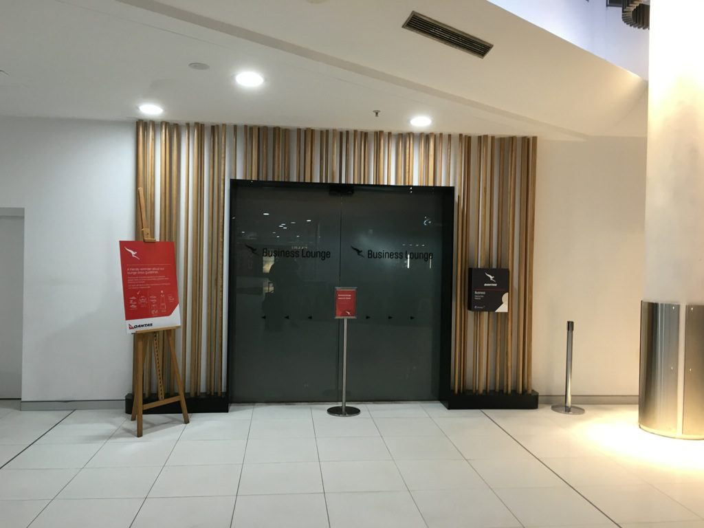 qantas-business-lounge-domestic-perth-1
