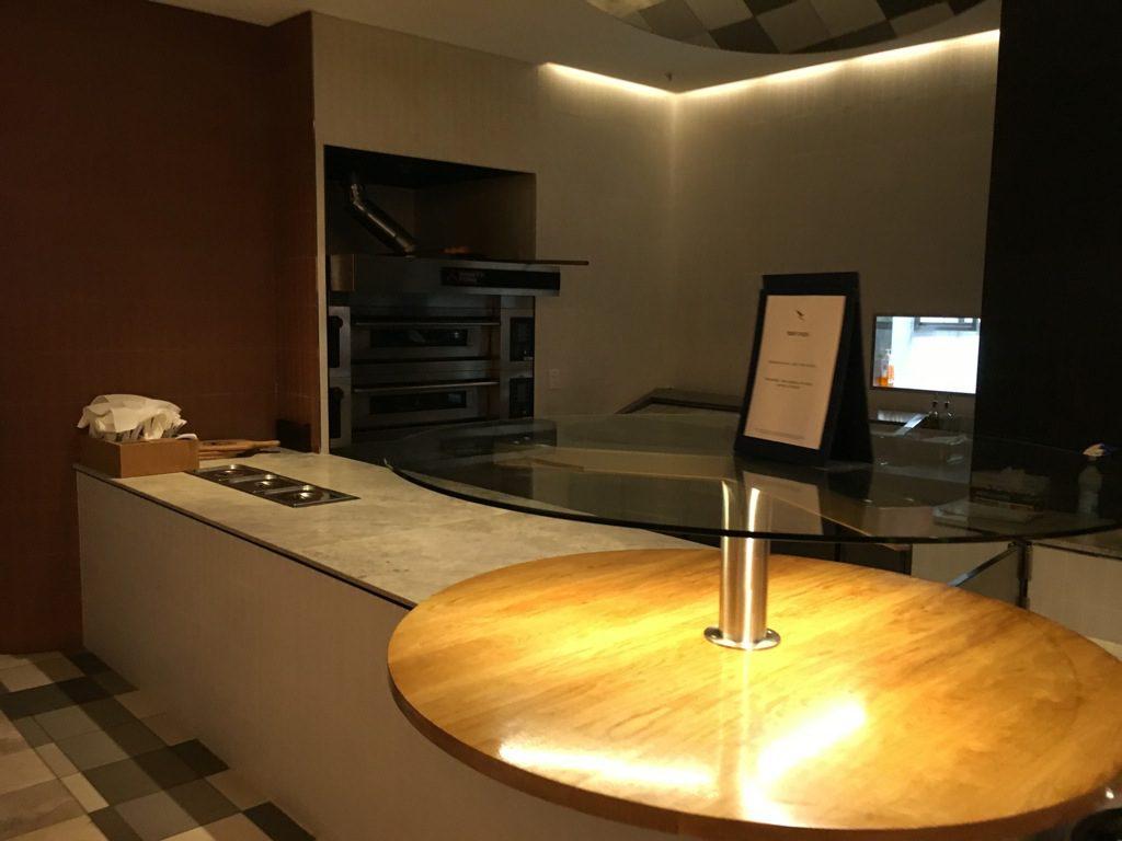qantas-business-lounge-domestic-perth-10