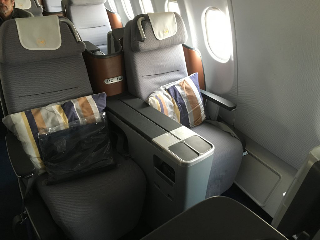 lufthansa fliegt non stop von frankfurt nach kapstadt. Black Bedroom Furniture Sets. Home Design Ideas