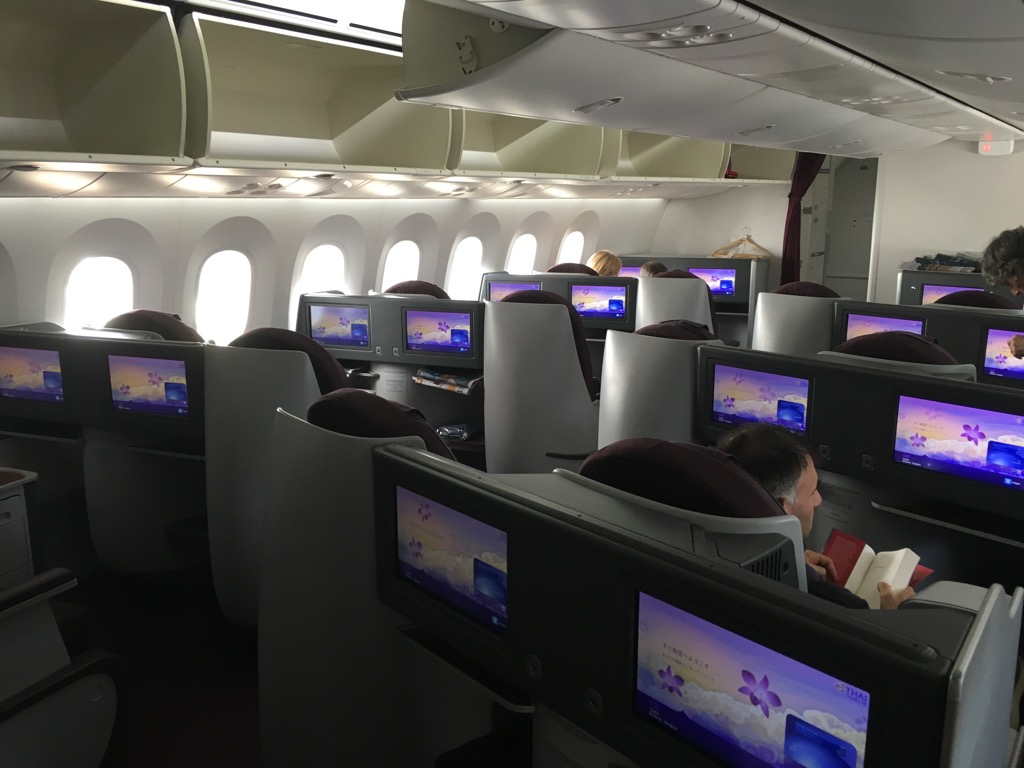 Review Thai Business Class Boeing 787 Brisbane Nach