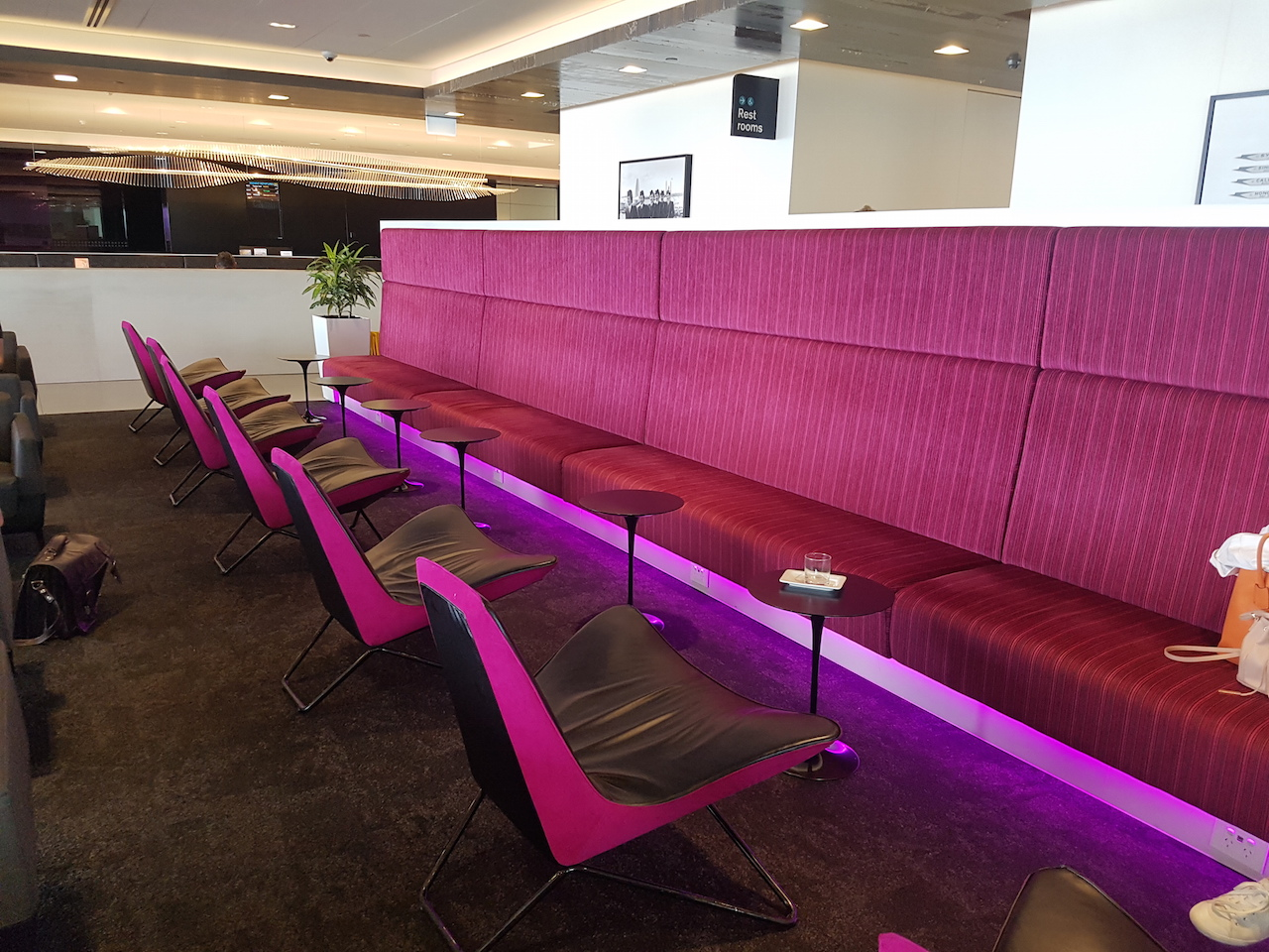air new zealand lounge auckland international. Black Bedroom Furniture Sets. Home Design Ideas