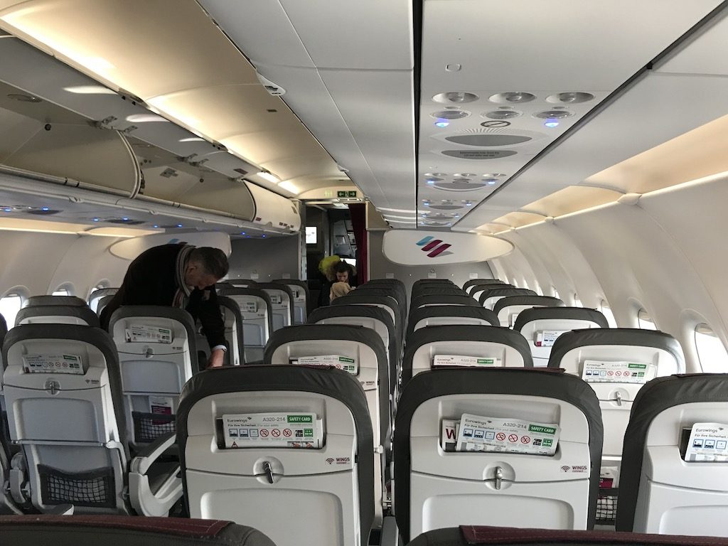Review: Eurowings Economy (BASIC) Class im Airbus A319/320