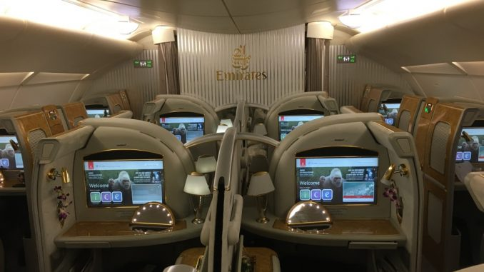 Review Emirates First Class Im Airbus A380 Von Hongkong Nach Dubai