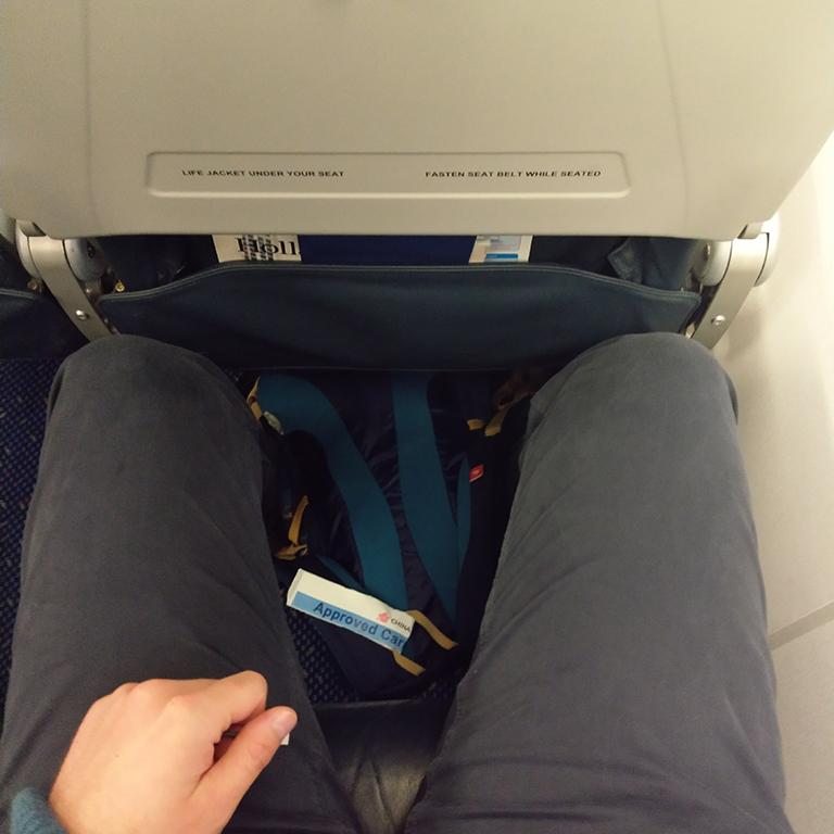 KLM Cityhopper Economy Class Embraer | Beinfreiheit