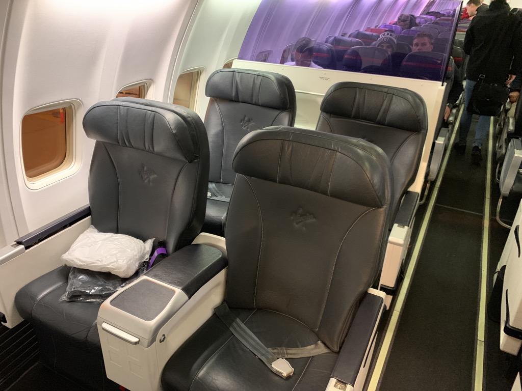 Review Virgin Australia Business Class Boeing 737 800 Perth