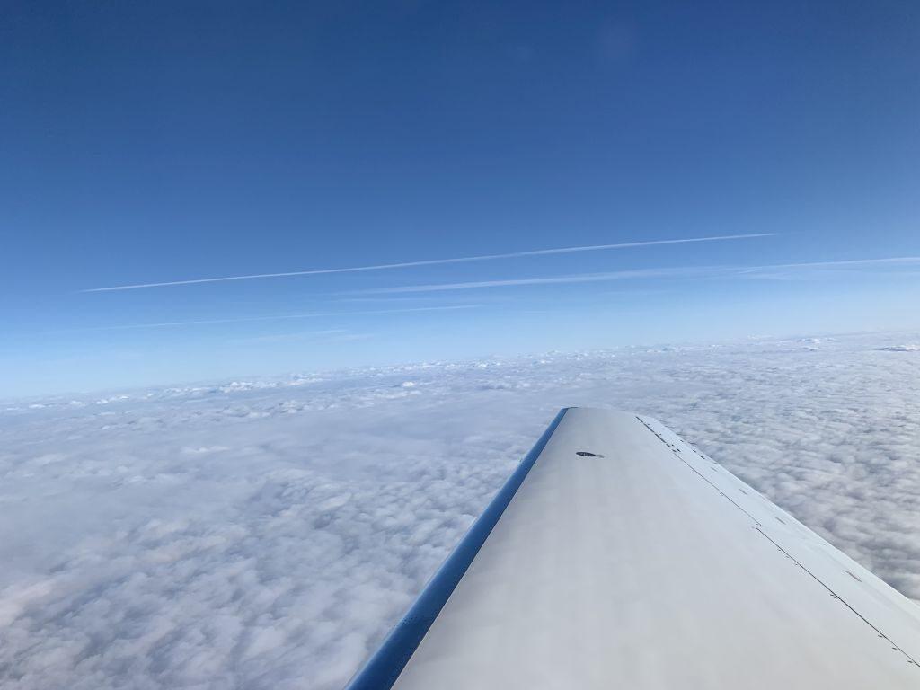 Start Hahn Air