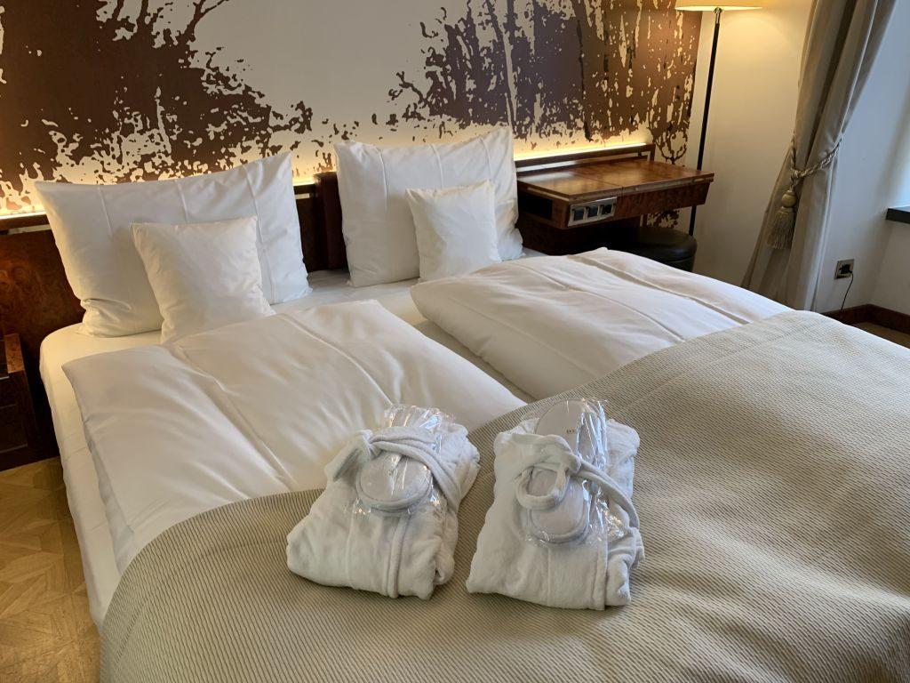 Derag Living Hotel de Medici Düsseldorf  Bett