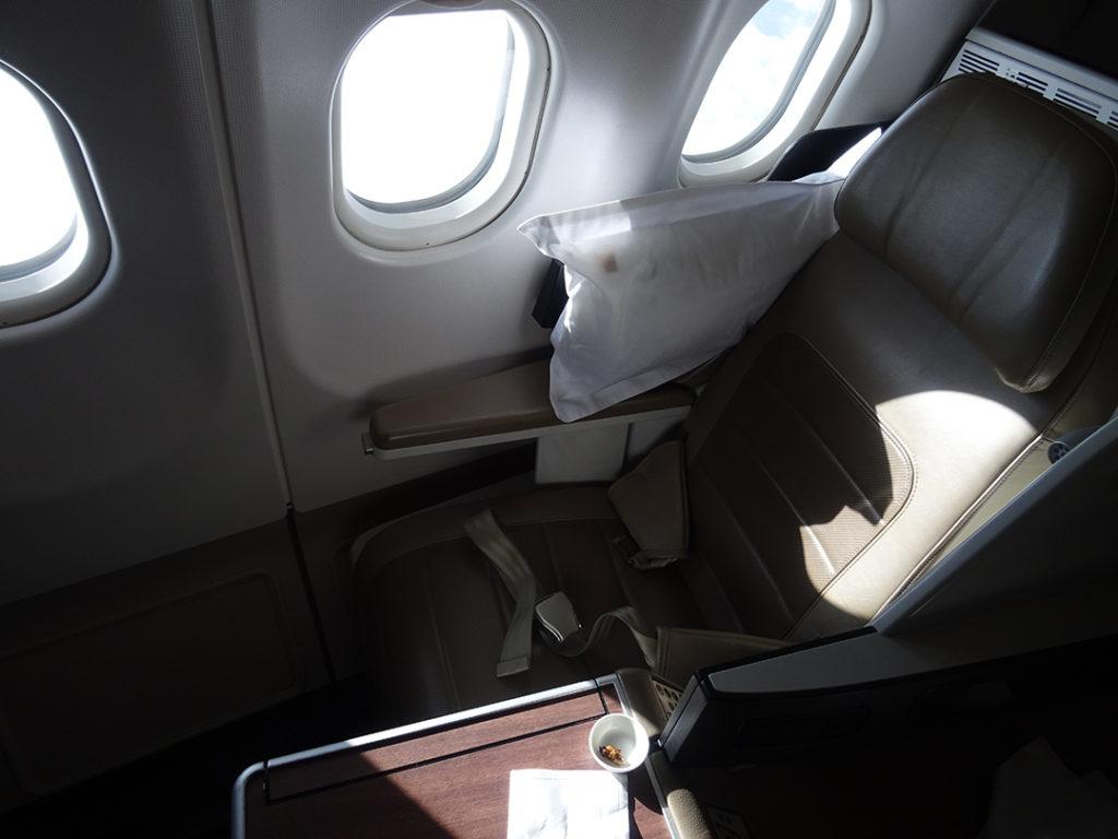 SV256 | Sitz 3L am Fenster