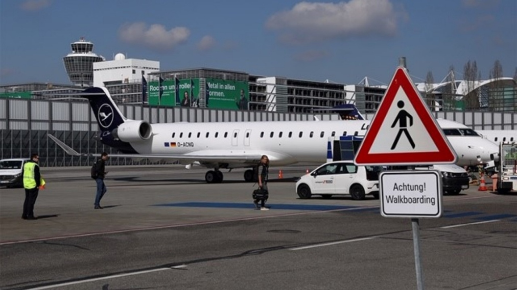 Flugplan Frankfurt Dresden